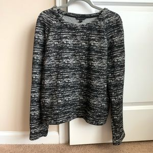 Banana Republic B&W Long Sleeve Top
